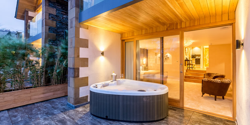 Luxury Hot Tub Suites